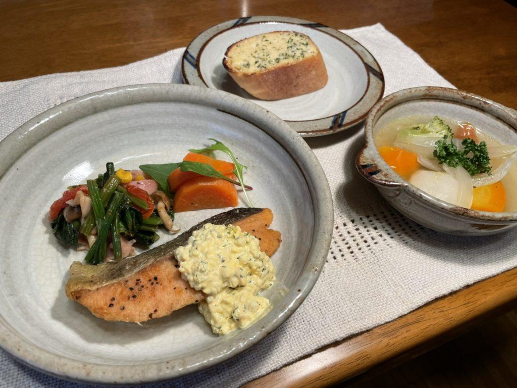 料理教室マンツーマン鮭のムニエルセット盛り付け