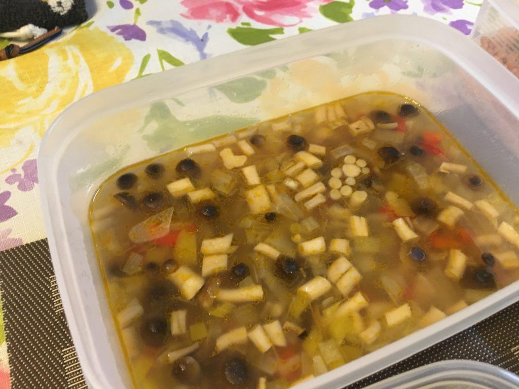 料理教室マンツーマン野菜と豆のスープ