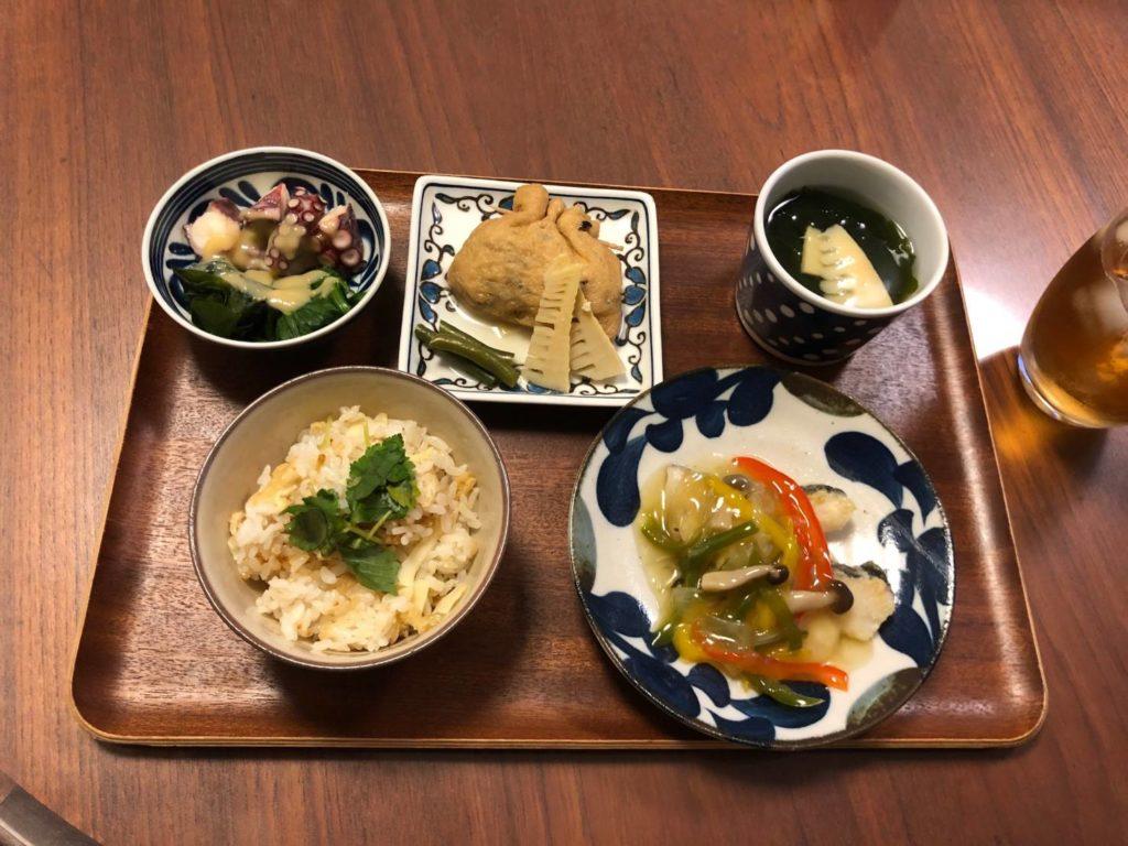 料理教室マンツーマン鱈のカラフル野菜あんかけセット盛り付け