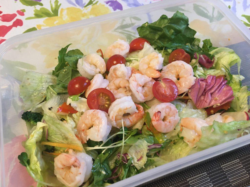 料理教室マンツーマン海老サラダ